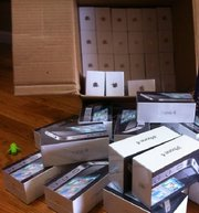 Для II продаже Samsung i9100 Galaxy S 32 ГБ / Apple iphone 4 32Gb